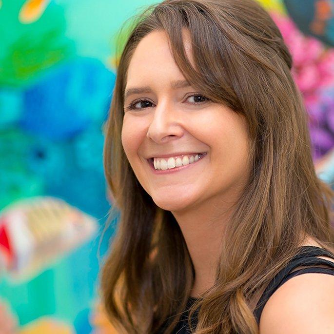 Dora Knuteson naples artist spotlight